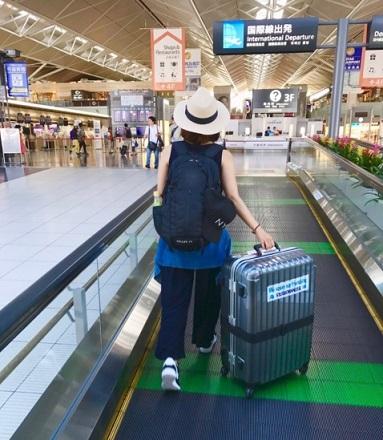 海外旅行出発イメージ画像